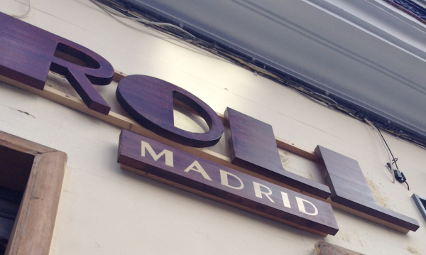 Friendly-Madrid-Brunch-Roll-Madrid