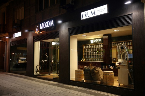Friendly-Madrid-Mokka-School-Shop
