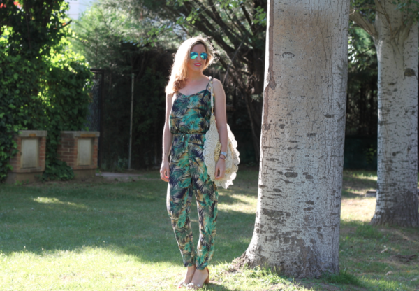 Friendly-Madrid-Jumpsuit-Look