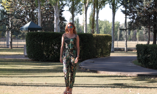 Friendly-Madrid-Jumpsuit-Womens-Secret
